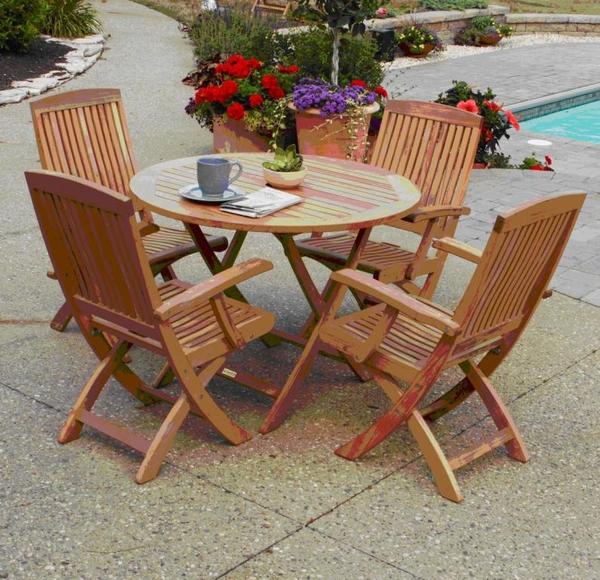 Outdoor Furniture Retailer Of