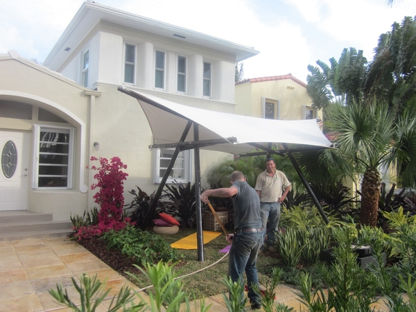 Bamboobarry Transforms A 2nd South Florida Home On Desperate Landscapes Airing July 20 10pm Est On The Diy Network Jason cameron comes to a lucky viewer's home who is in desparate need for a landscape makeover. bamboobarry transforms a 2nd south
