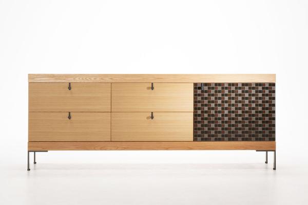 Rejuvenating japanese urushi with italian design a new for Italian furniture design companies