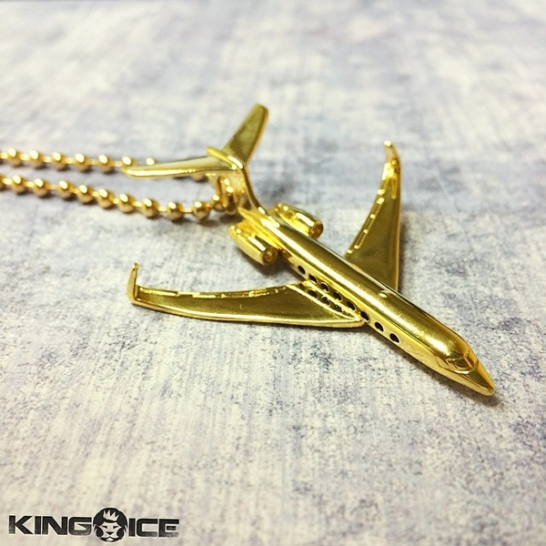 King Ice Debuts Thor's Hammer Necklace