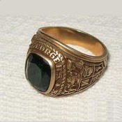 <strong>14k Class Ring Worth over 400.00</strong>