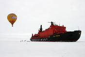 <strong>View from the Top! Quark Expedtions Successfully Completes Hot Air Ballooning Adventure on North Pole Voyage.</strong>