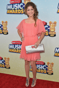 <strong>Sofia Reyes at the 2013 Disney Radio Music Awards</strong>