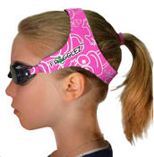 <strong>Pink Frogglez Goggles.</strong>