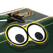 <strong>Mark those duffle bags with these crazy goggly-eyed luggage tags!</strong>