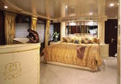 <strong>Sumptuous master stateroom on Louisburg yacht TOUCH.</strong>