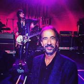 <strong>Mark Begelman -With Joan Jett</strong>