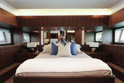 <strong>M/Y SEA SIX's Master Suite</strong>