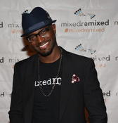 <strong>Mixed Remixed Festival Storyteller's Prize Honoree Taye Diggs, author of Mixed Me!</strong>