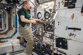 Five Ways ISS National Lab Enables Commercial Research