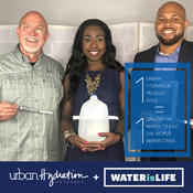 <strong>Urban Hydration founders Psyche and Vontoba Terry (center and right) and WATERisLIFE founder Ken Surritte.</strong>