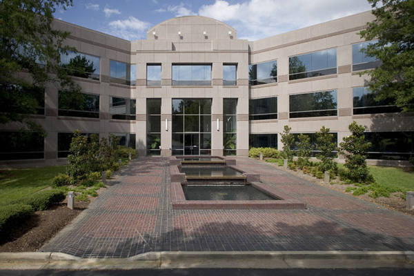 Ackerman & Co. Sells 334,675 SF Phoenix Office Park Portfolio