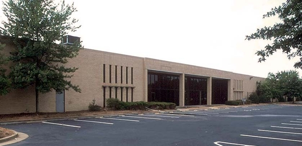 Ackerman & Co. Purchases 111,540 SF Distribution Center in Atlanta's Snapfinger/I-20 East Submarket
