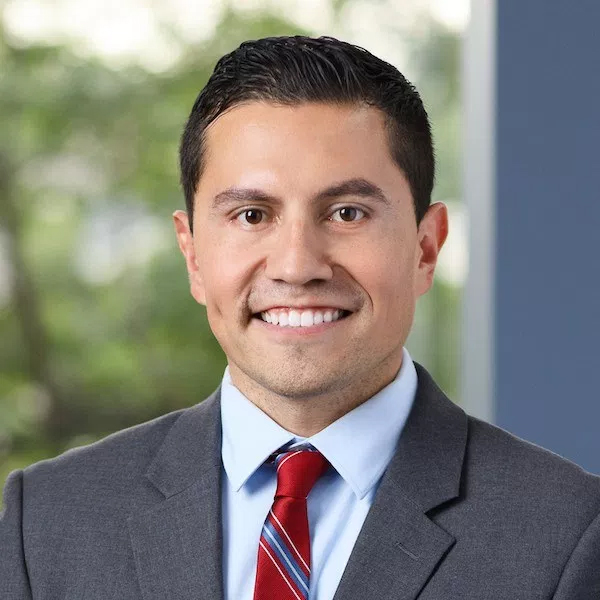 "Octavio Duran Named ""Rising Star"" in 2017 by Chicago Magazine & Illinois Super Lawyers"