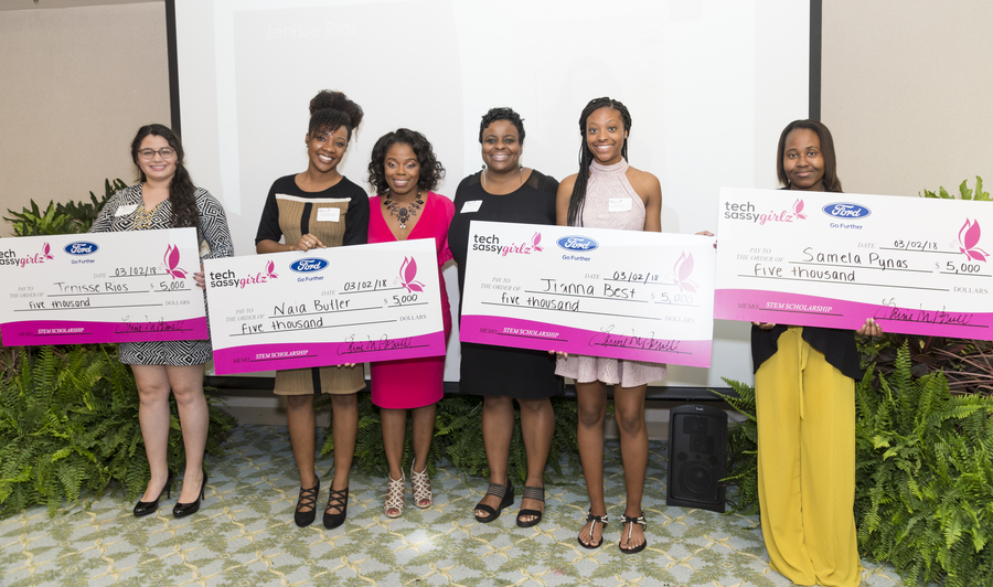 "Tea & ""bytes"" Annual Fundraising Event Awards More Than $20K in Scholarships"