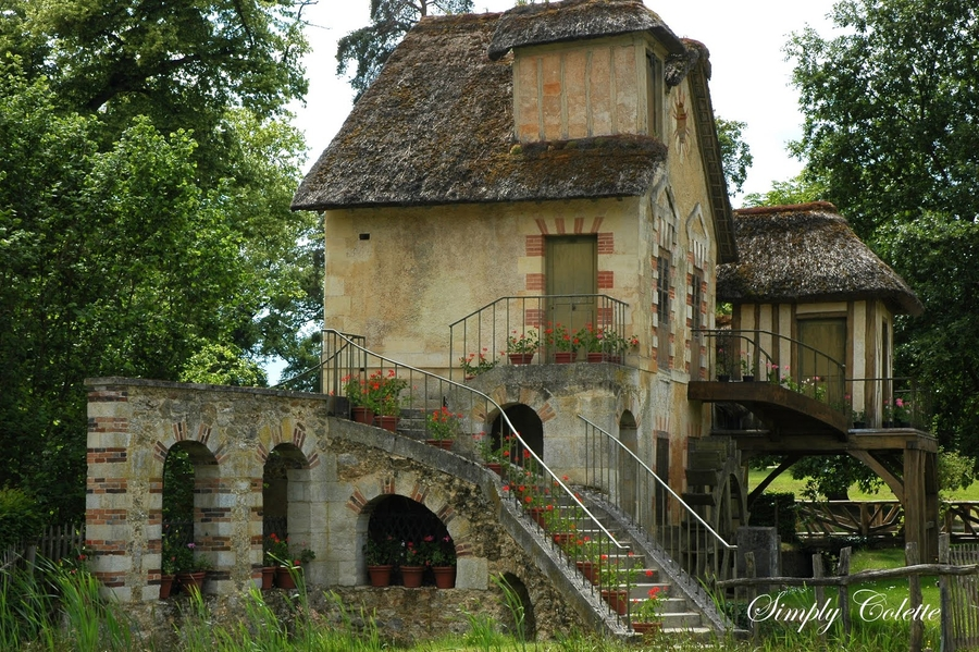 Colette Publications Launches Bed & Breakfast Magazine and Chateaux & Castles Quarterly