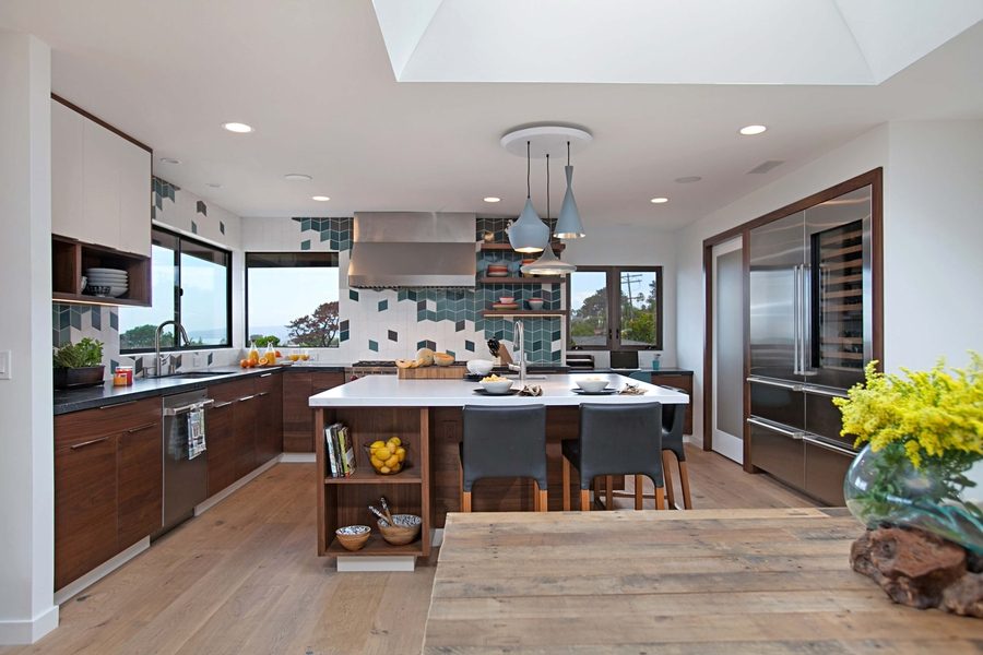 Bold, Colorful Ocean Beach Kitchen Charms Judges, Earns Jackson Design and Remodeling its 2nd Consecutive Kitchen of the Year Win