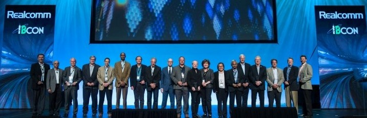 Acknowledging the Visionaries in our Community: The Inaugural Realcomm LIFETIME ACHIEVEMENT AWARD