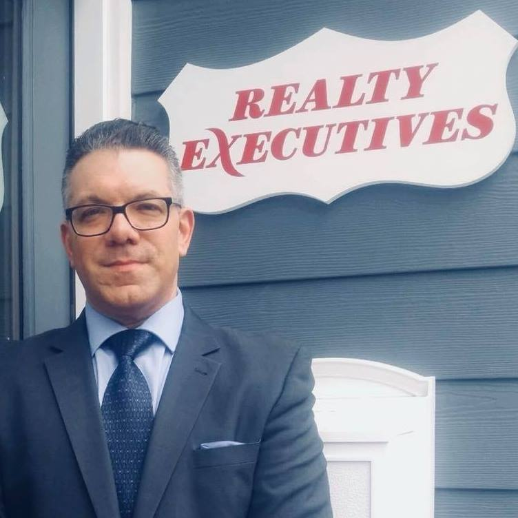 This Nutley Real Estate Office Is A Tech Savvy Brokerage and Is Owned By Former Dot Com Executive Matthew De Fede