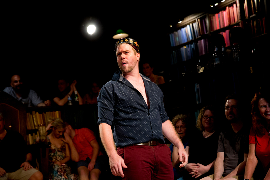 "1,000 Performances! 1,485 Drinks! 17.5 Gallons of Tequila! Whit Leyenberger Stumbles His Way to 1,000 Performances in the Off-Broadway Smash Hit ""Drunk Shakespeare"""