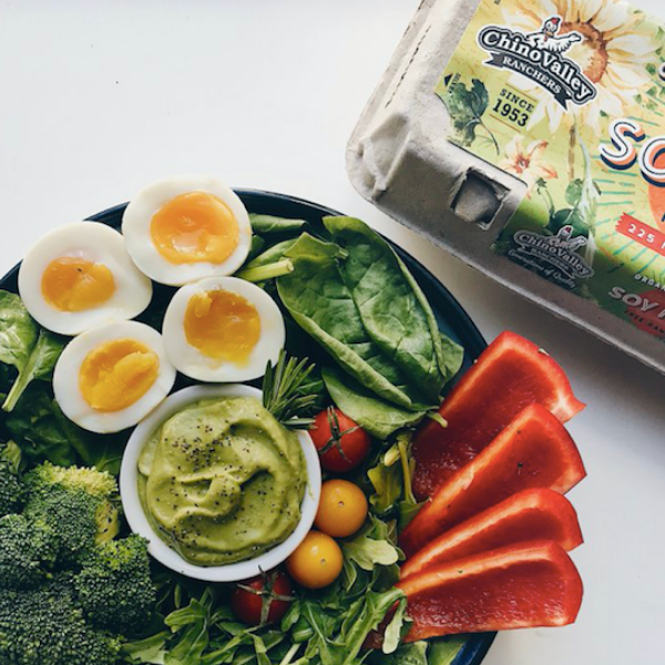 Here's Why Influencer, Olivia Noceda, Switched to Chino Valley Ranchers' Organic Omega-3 Soy-Free Eggs