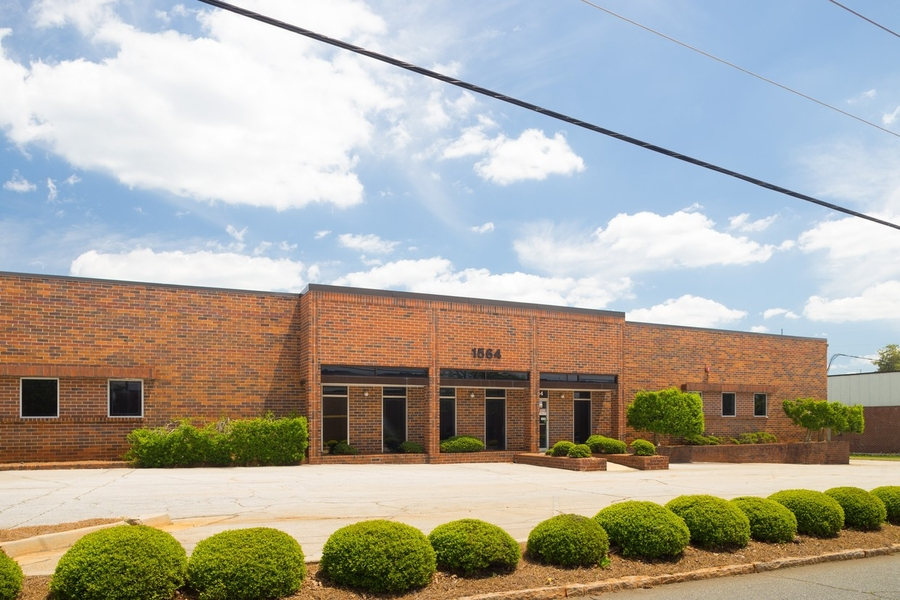 Ackerman & Co. Sells 30,072 SF Industrial Building at Stone Mountain Industrial Park in Metro Atlanta