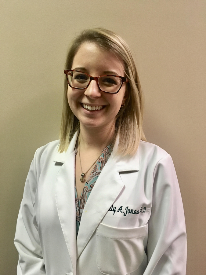 Northeastern Eye Institute Welcomes Dr. Emily Jones to the Team