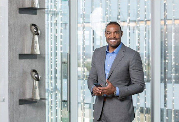 Darren Woodson to Host Fantasy Football Draft Night Benefiting The Warren Center