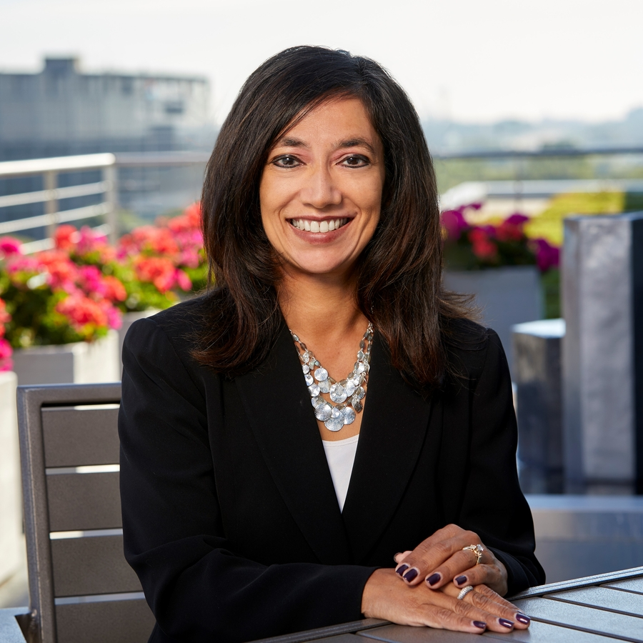 Calamos Wealth Management's SVP Anita Knotts Recognized as an InvestmentNews 2019 Excellence in Diversity and Inclusion Awards Winner