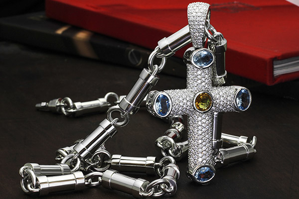 Bespoke the 5-karat Diamond Cross Platinum Pendant for over 250 hours