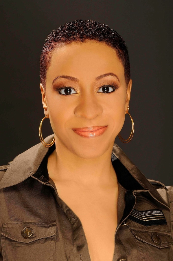Short Hair Guru Toya Knowles Opens Blueprint Signature Salon at Salon and Spa Galleria in Arlington, TX