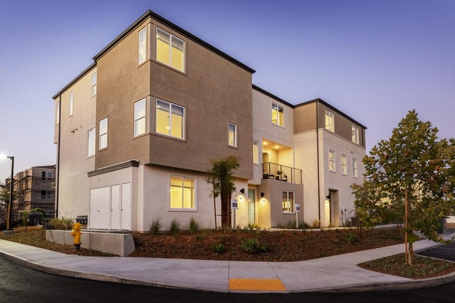 Pardee Homes Welcomes First Homeowners to Solmar Neighborhood