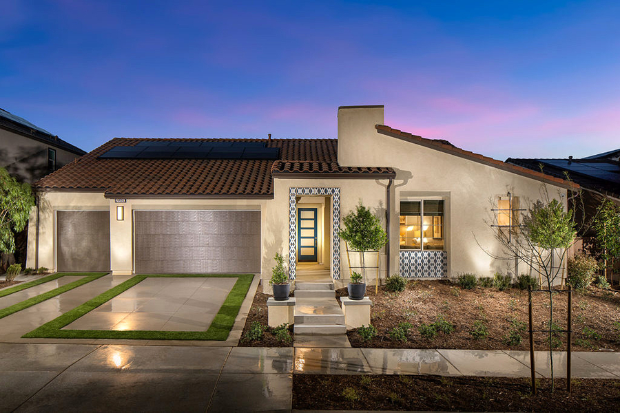 Pardee Homes' Centennial in Menifee Soars with Stellar Sales and Industry Awards