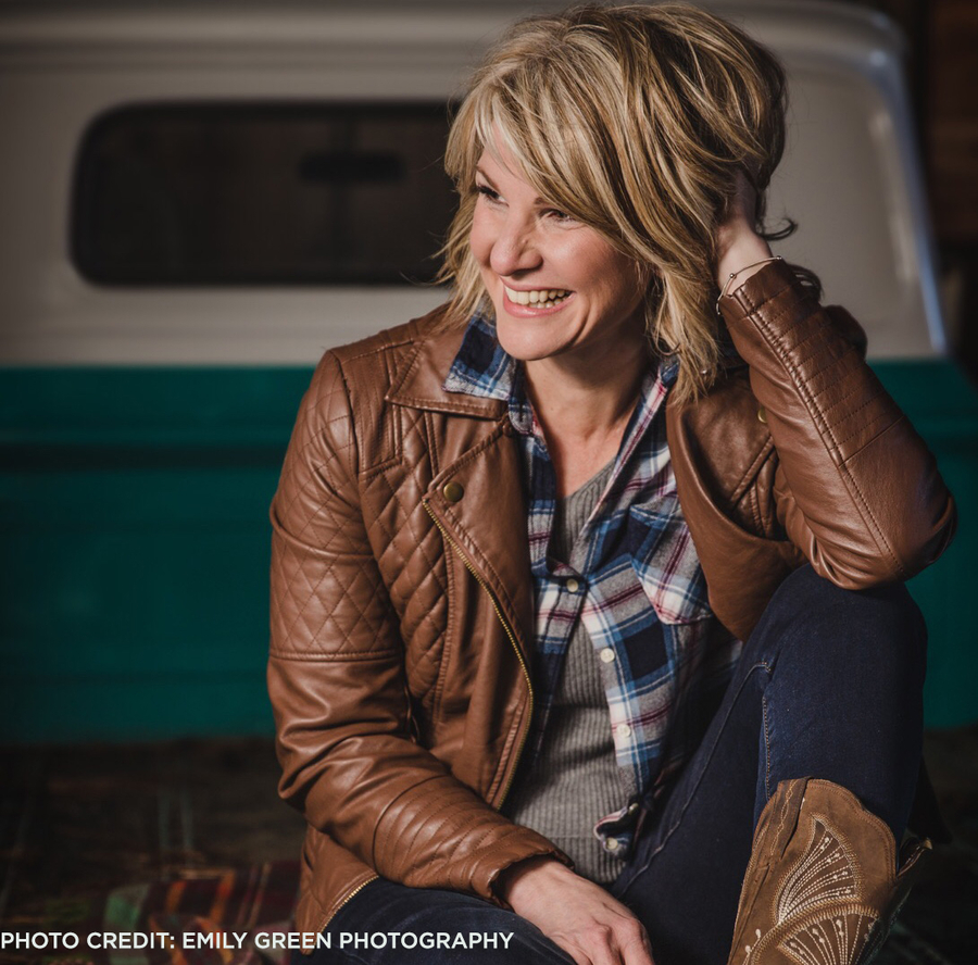 Rhonda Funk Signs with Pure Music Nashville