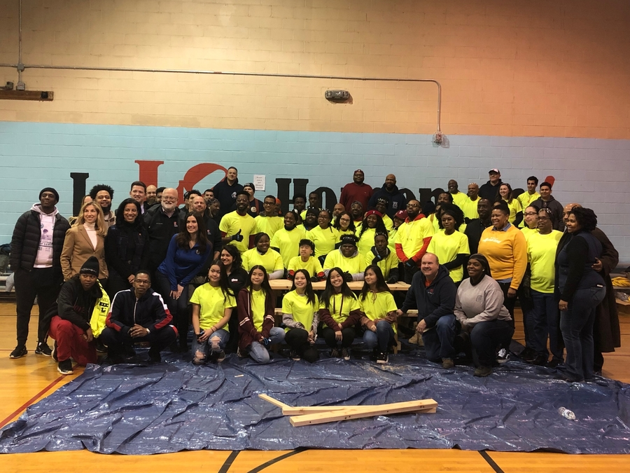 Philadelphians Donate Time and Skills During Martin Luther King Jr.'s Day of Service