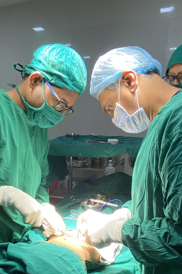 The Surgicalist Group Founder, CEO Aids Patients in Borsad, India Through Mission Work