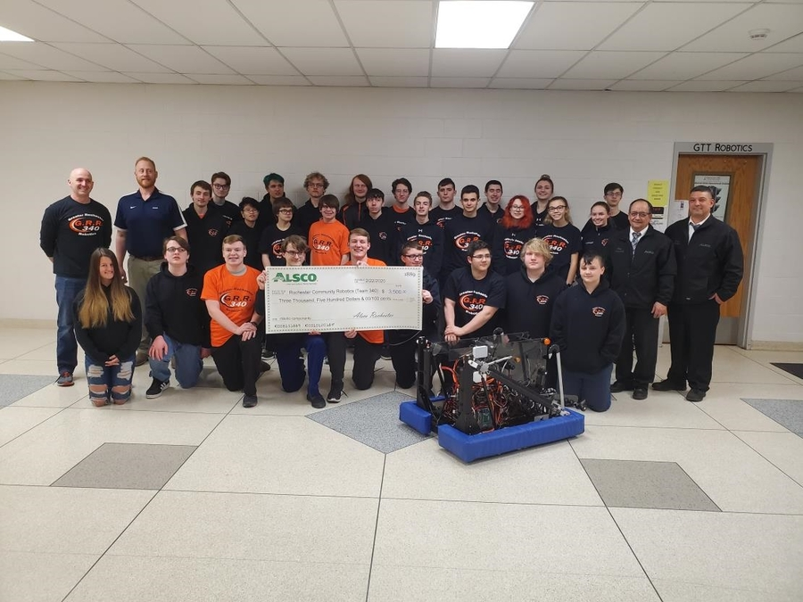 Alsco Rochester Branch Helps Grow Student Interest in STEM with Donation to Rochester Community Robotics Team