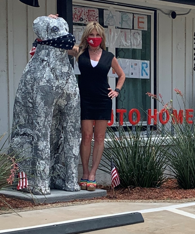 Linda Allen State Farm Agent to Hold Naming Contest for Giant Dog Art Piece