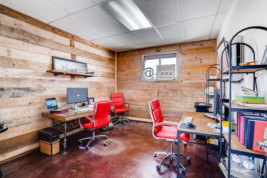 North Fort Worth Private Office Space with Utilities in FW Design District