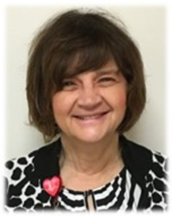 Donna Gloe is honored with the Florence Nightingale Award of Nursing by the International Association of Who's Who