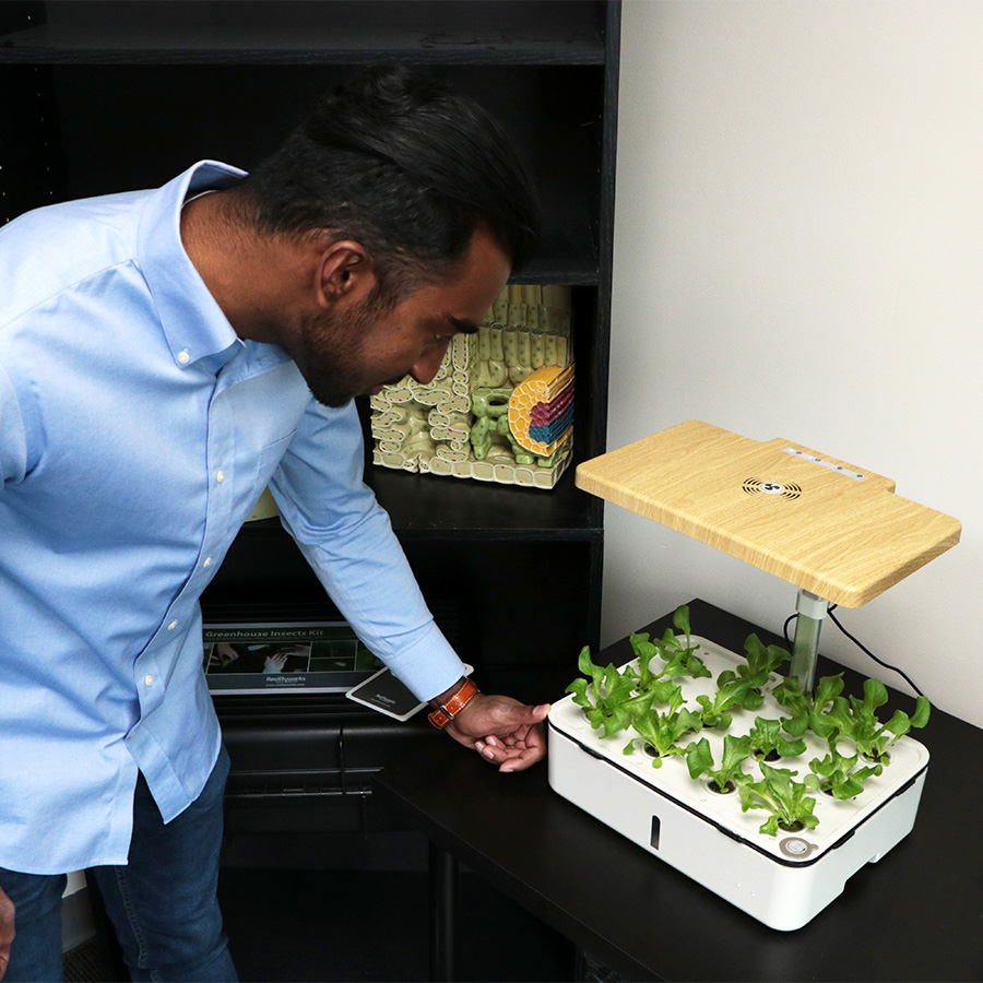 Realityworks® Educational Hydroponics Systems Win 2021 Edison Award