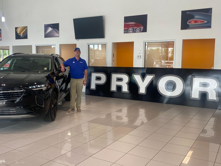 Steve Locke, Senior Service Advisor at Pryor Chevy Buick GMC, Celebrates 30+ Years of Serving The Community