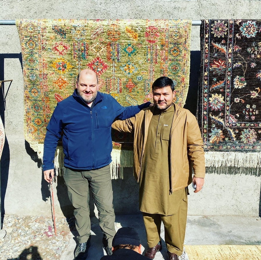Oregon-based Oriental Carpet Expert Working in Afghanistan to Improve Carpet Production