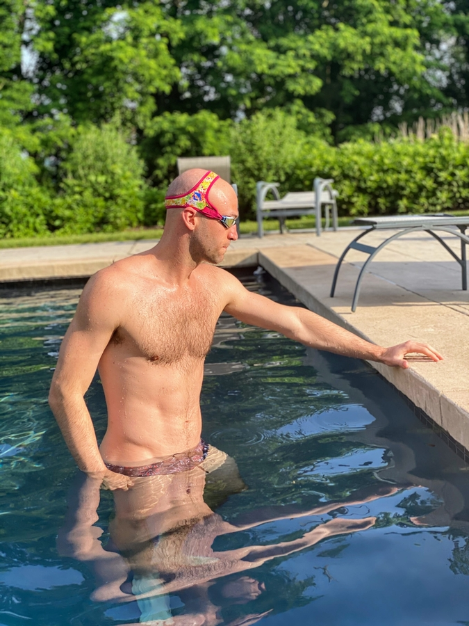 Swimmer Austin Surhoff Partners with Frogglez Goggles to Raise Awareness for Autism