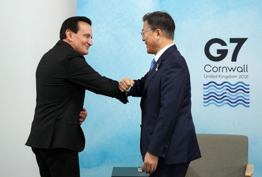 [Pangyo Bio] President Moon Meets AstraZeneca CEO to Wish for Smooth Supply of Vaccine with Support from SK Bioscience
