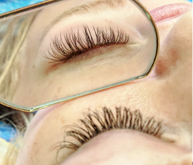 Weatherford TX Lash Stylist Hillary Stovall Provides Natural Eyelash Extensions