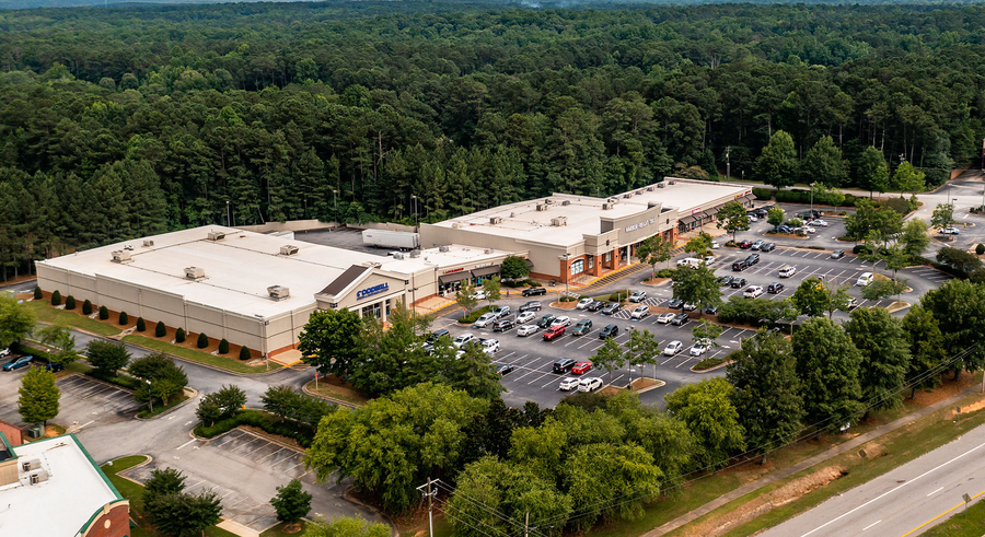 Ackerman & Co. Purchases 71,839-SF Uptown Square for $8.375 Million