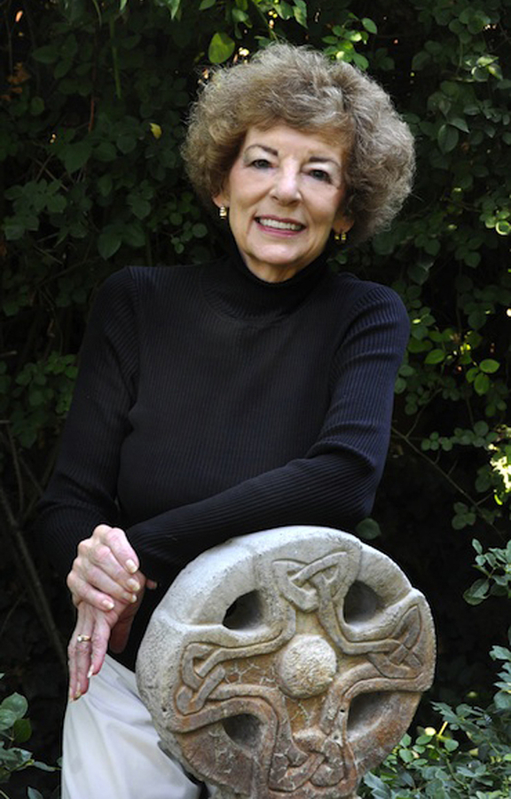 Award Winning Author Donna Fletcher Crow Announces Release Of Part I Of The Celtic Cross Series, The Struggle for a Nation, A Sweeping Saga Of The Story Of Scotland