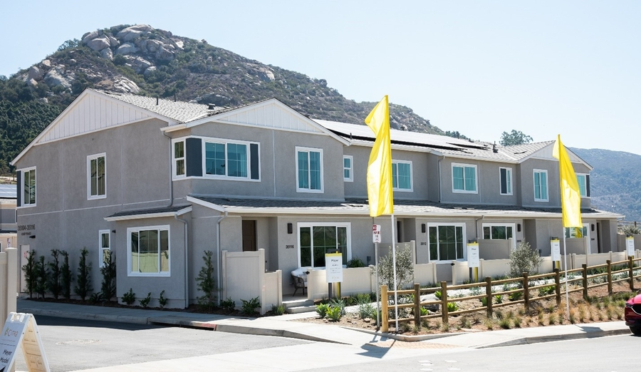 Grand Opening of Tri Pointe Homes' Citro Community in Fallbrook Draws Over 200 Homebuyers